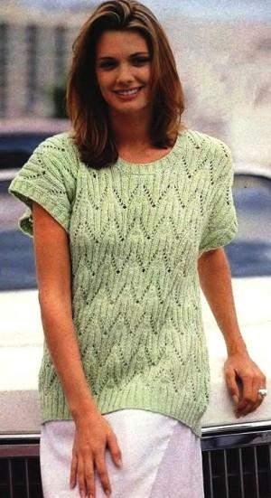 Светло-зеленый узорчатый пуловер