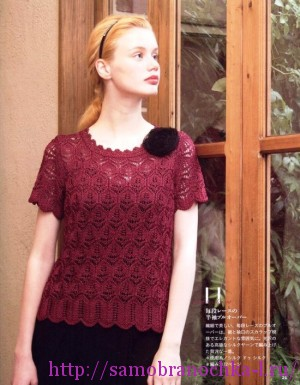 Малиновая блузка спицами