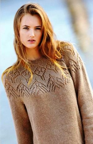 Пуловеры  с эффектной кокеткой, связанные по кругу  спицами